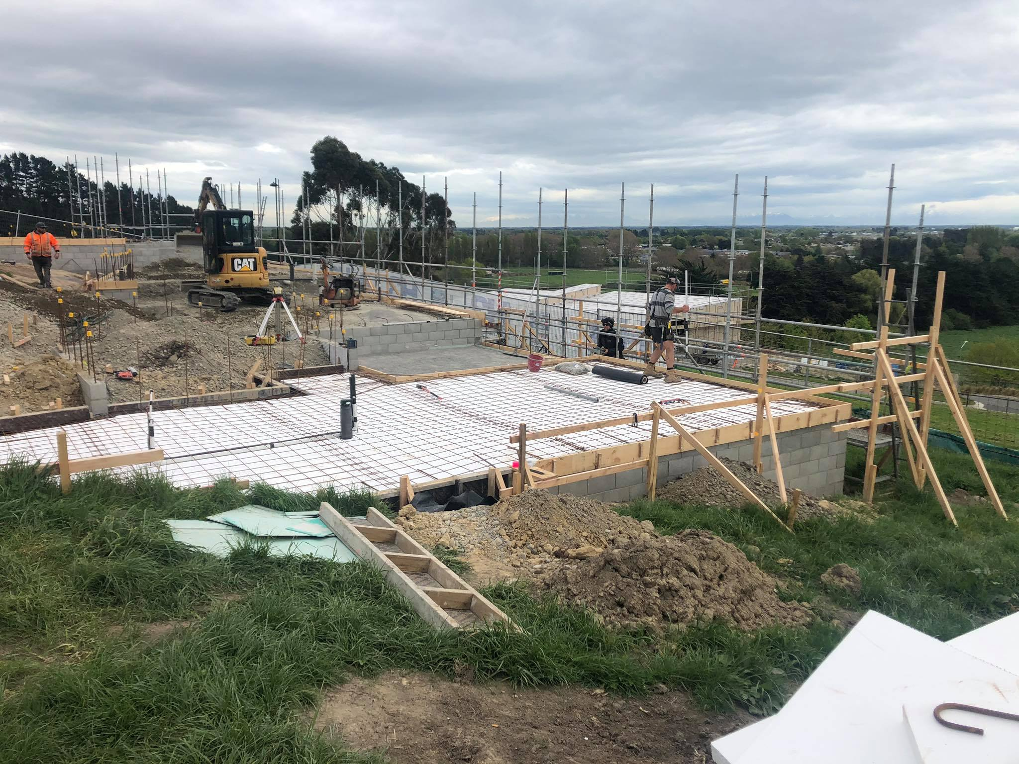 The H3 Construction team working on the Redmond Architectural New Build project in Canterbury